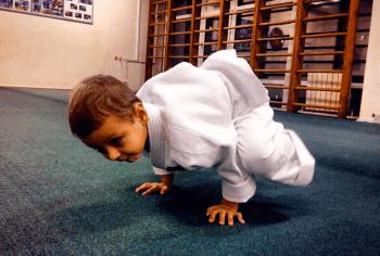 Развивающие упражнения в детской группе